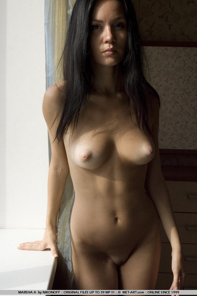 фото красивых брюнеток любительское республика казахстан голых